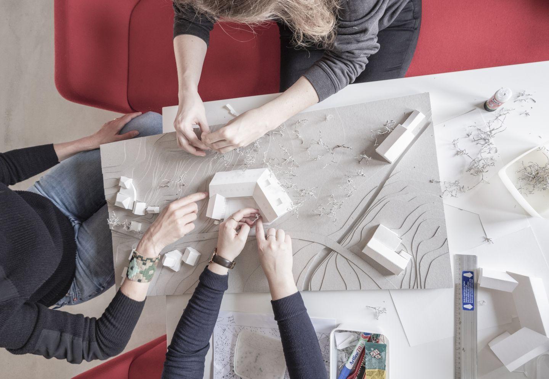 In een Stramienproject kristalliseren de talenten van onze coöperanten.  Zo maken we ruimte.
